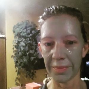 Bentonite Clay Face Mask for Clear Skin